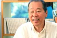 ベネッセコーポレーションの福武總一郎会長(63)が、2009年9月6日午前、直島福武美術館財団広木荘において、早稲田大学大学院政治学研究科ジャーナリズムコースの学生6人のインタビューに応じた。主なテーマは「ジャーナリズムについて」。福武会長は、ジャーナリズムの過去の不作為を厳しく指摘した上で今後への期待感を表明した。将来、メディア人を目指す学生にとっては刺激的なインタビューとなった。 (注) 直島福武美術館財団は、直島にある「地中美術館」を運営しており、福武会長は同財団理事長を務めている。ジャーナリズムコースの学生は広木荘に宿泊しながら2週間のインターンシップ活動をした。