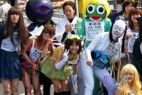 毎年5月、足の痛みに耐え、新しい友達を作りながら、学生たちが約100キロを歩き通す。「本庄~早稲田100キロハイク」は、埼玉県本庄市から早稲田大学までを2日間かけて歩くイベントだ。1962年に始まり、今では早慶戦、早稲田祭と並ぶ早稲田の名物行事となっている。
