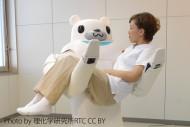 日本は世界で類を見ない未曾有の高齢社会に突入しようとしている。そんな中、日本のお家芸「ロボット技術」が福祉用具の分野に参入してきている。【トップ写真提供:理化学研究所RTC】