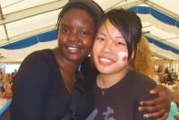 2009年5月から12月まで22カ国に青春の足跡を残した濱田真里さん(23) は、現在早稲田大学教育学部の4年生だ。大学3年のとき、1年間休学して旅に出ることを決断した。様々な国での体験を通じて、学生時代を満喫し、将来への繋がりができたという。世界一周の旅は、濱田さんの人生に何をもたらしてきたのか。彼女の変化について聞いた。
