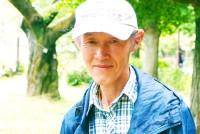 「もし桜でなくて、家族や友達がケガをしていたらどうしますか」。穏やかな表情でそう語るのは大谷和彦さん(64)。東京都国立市でボランティア団体「くにたち桜守」の代表として、桜の保全活動に取り組んでいる。しかしその活動の真の目的は、市民に思いやりの心と地域愛を育むことだという。