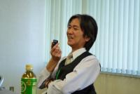 福島県の福島市に位置するテレビユー福島は、NHK福島を含む5つあるローカルテレビ局の中の一つである。福島を拠点とする地元メディアとして、いまだ福島第一原発事故に起因する放射線の不安を抱えている福島県民に向けて様々なデータを提供している。福島県民と密接な関係をもつ地元メディアとして、テレビユー福島は放射線のリスクをどのように伝えているのだろうか。地元メディアとリスクコミュニケーションのあり方ついて、テレビユー福島報道局長の大森真さんにお話を伺った。